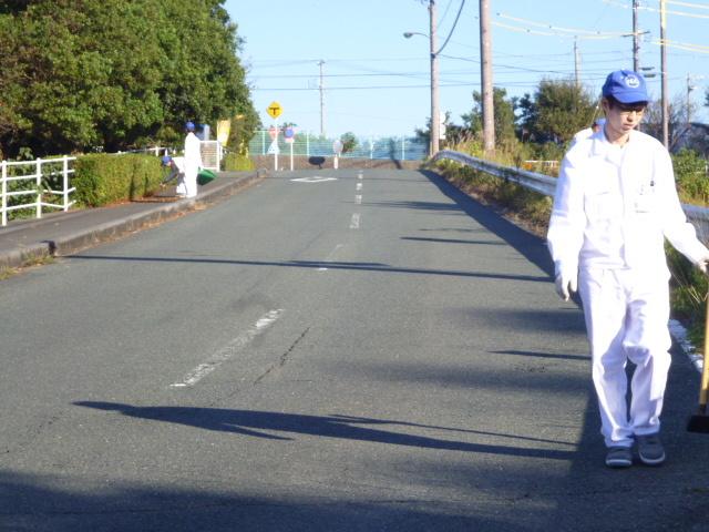 技術研究所活動風景:敷地東面道路