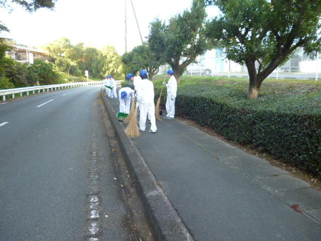 技術研究所活動風景:敷地南面道路