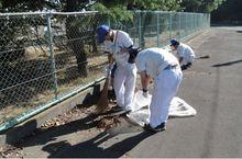 竜洋工場/天竜工場 周辺道路の草刈りや側溝清掃を行いました