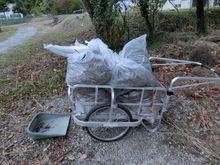 渡ケ島工場 ゴミはほとんどなく、落ち葉が多かったです