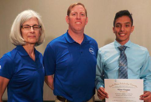 F.C.C. アダムス(アメリカ)             地域の高校生への奨学金サポート活動