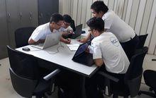 FCCフィリピン 真剣な表情でディスカッションする生徒達
