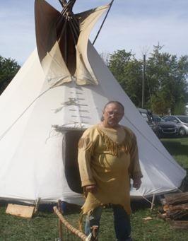 「歴史フェスティバル」 先住民の暮らしを体験