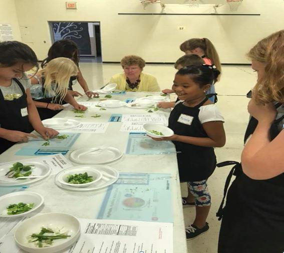 子ども向け料理教室運営の寄付
