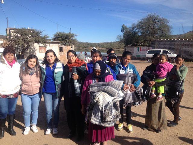 FCCメキシコ「冬の寄付活動支援」