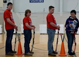 FCCインディアナ/中学校のアーチェリークラブへの支援